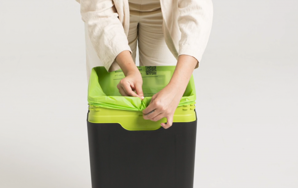 bag retainer system - tidy bins